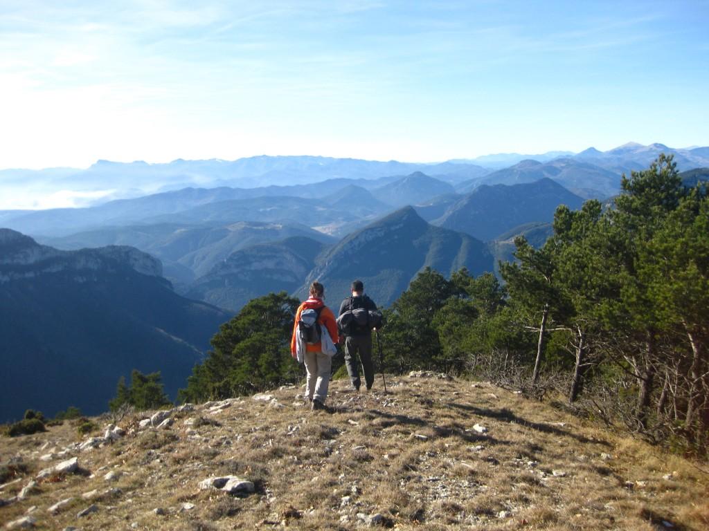 Bajando de la Mare de Déu del Mont - En Ruta Girona