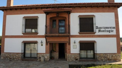 Monfragüe Rural Apartments